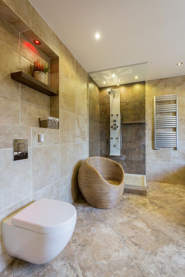 Zobacz galerię zdjęć Wanna czy prysznic? - aranżcja łazienki  Stronywnętrza.pl